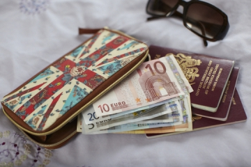 How To Find The UK's Cheapest Travel Money